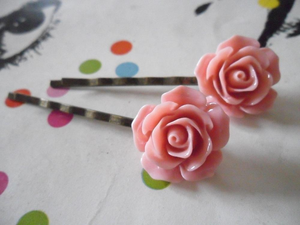 A Pair of Old Pink Vintage Rose Bronze Bobby Pins - hair clips slides pins flower